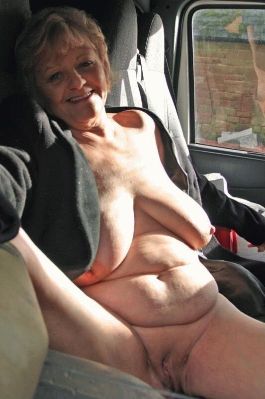 bonne lesbienne mature voiture