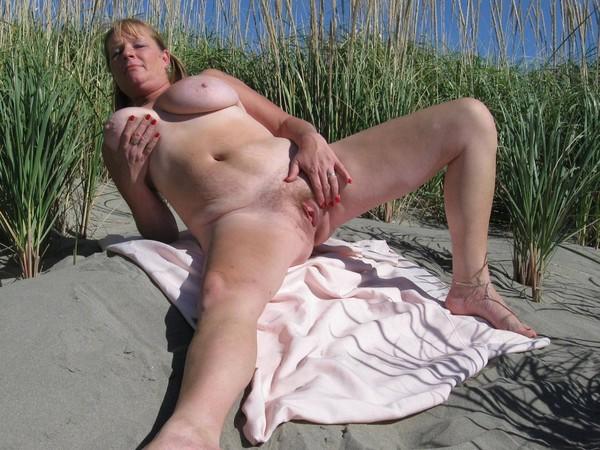 pute mail femme baise sur la plage