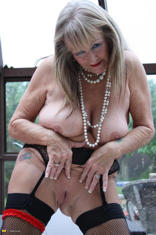 vieille mamie escort rosny